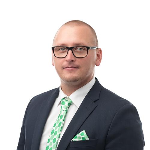 Palveluneuvoja Olli Pylkkösen yhteystiedot yhteydenottoa varten