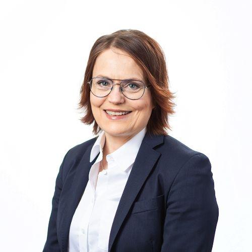 Hallituksen jäsen Aila Hemmingin yhteystiedot yhteydenottoa varten