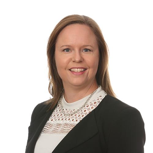 Kotkan rahoituspäällikkö Marja Bergin yhteystiedot yhteydenottoa varten
