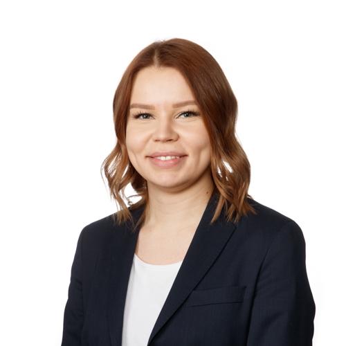 Seinäjoku keskustan back office palveluneuvoja Emilia Kaukisen yhteystiedot yhteydenottoa varten