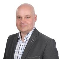 Maatilarahoituspäällikkö Jarno Paavolan yhteystiedot yhteydenottoa varten