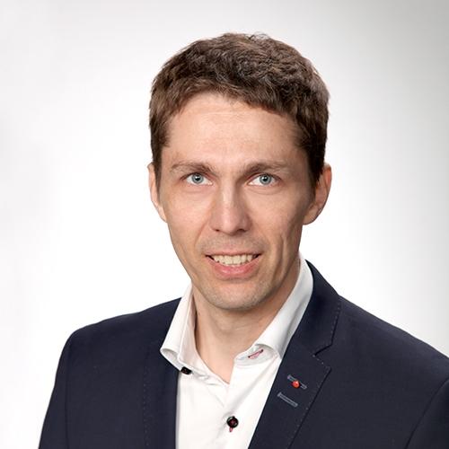 Joensuun yritysrahoituspäällikkö Jani Kettusen yhteystiedot yhteydenottoa varten