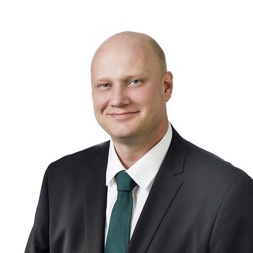 Tampereen talousasiantuntija Simo Hulkon yhteystiedot yhteydenottoa varten
