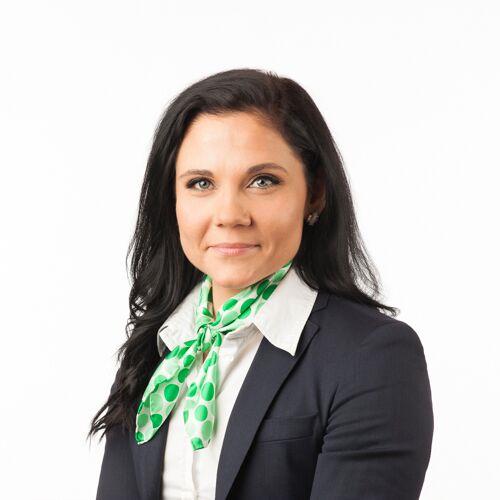 Alajärven palveluneuvoja (back office) ja laillistettu kiinteistövälittäjä Mari Viitasen yhteystiedot yhteydenottoa varten