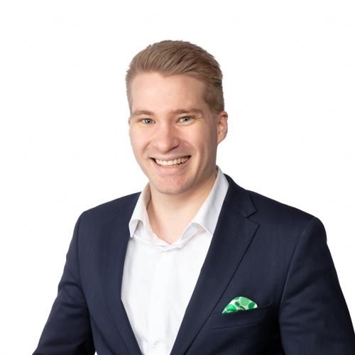Kurikka Jalasjärven palvelupäällikkö Pekka Riihimaan yhteystiedot yhteydenottoa varten