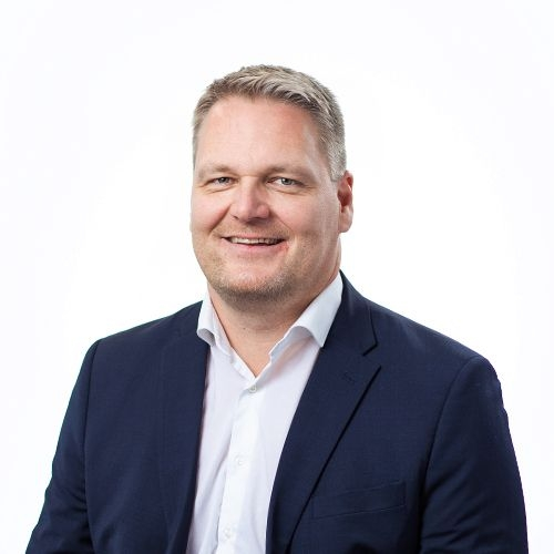 OmaSp:n toimitusjohtaja Pasi Sydänlammin yhteystiedot yhteydenottoa varten