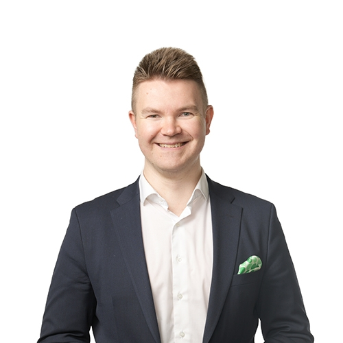 Antti Varila, Yrityspankin johtaja.